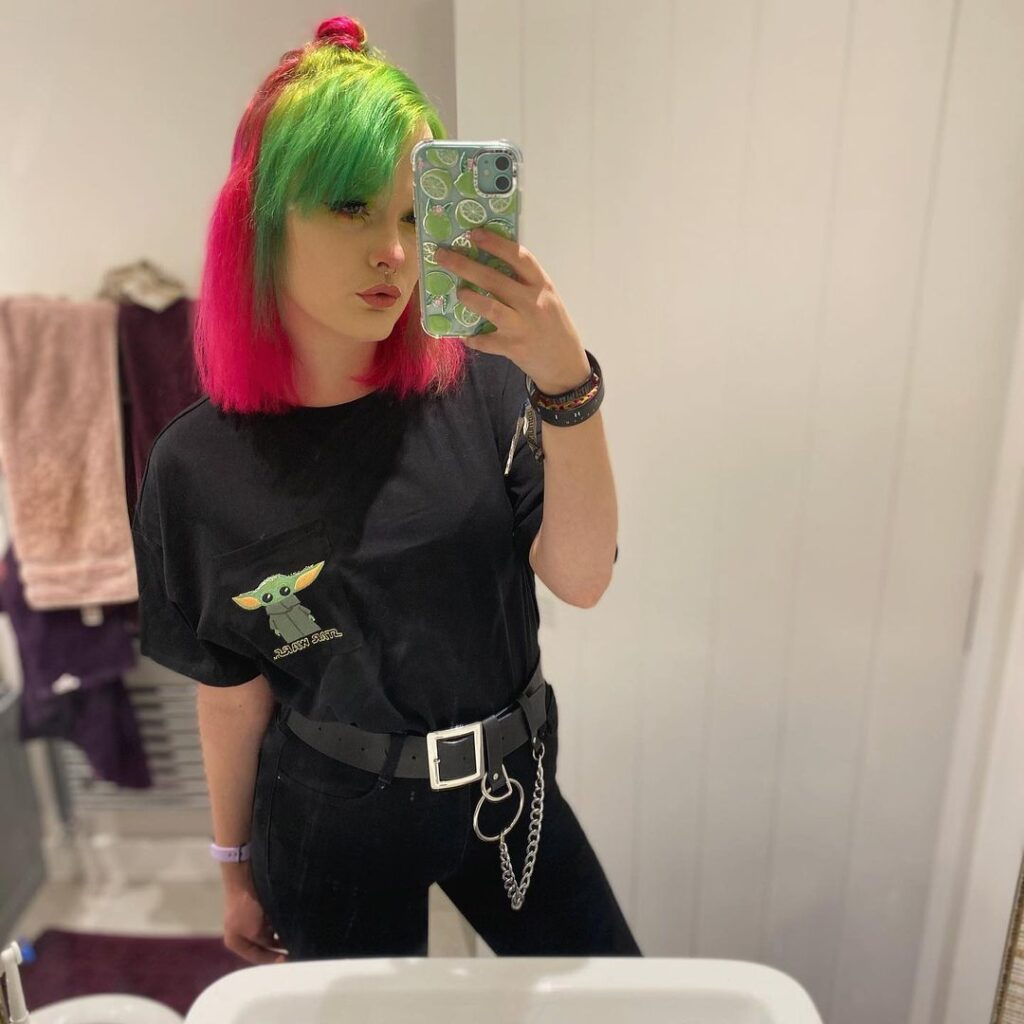 Green and pink hair